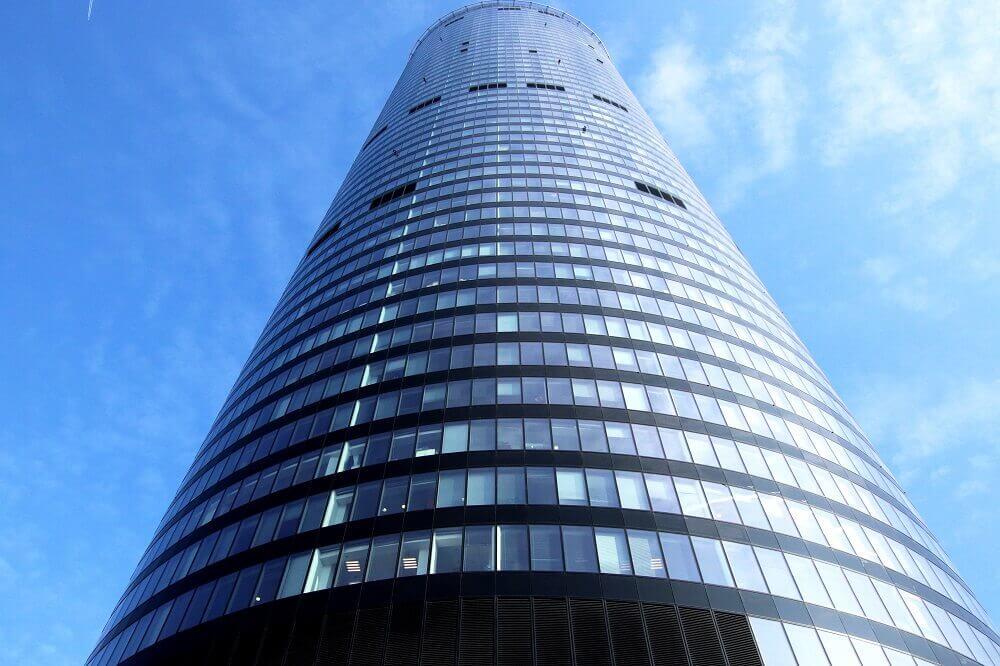 co-warto-zobaczyc-wroclaw-sky-tower