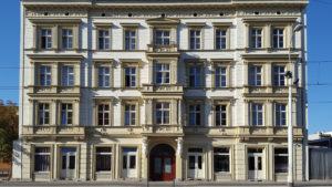tani-hostel-wroclaw-elewacja